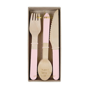 Set Posate in Legno Soft Pink  1