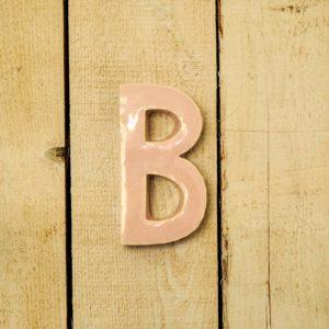 Lettera Maiuscola 'B' Rosa 1
