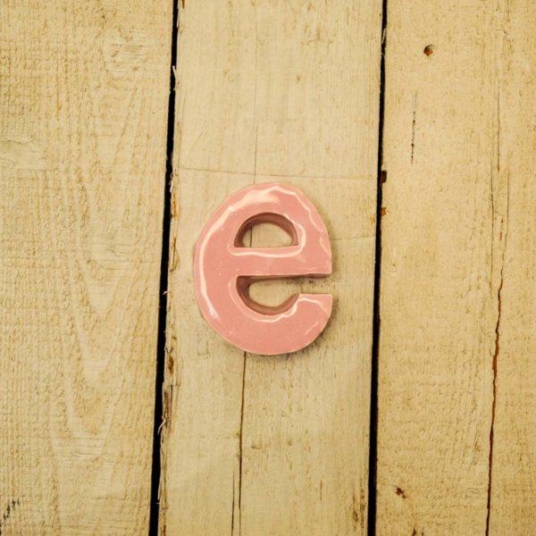 Lettera Minuscola 'E' Rosa
